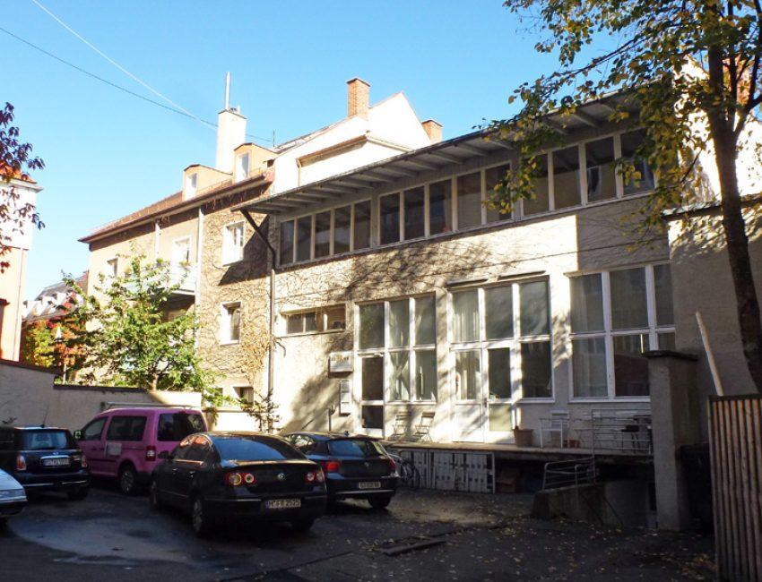 Apartmenthaus mit Yogastudio, München